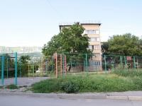 Кисловодск, улица Окопная, дом 1. многоквартирный дом