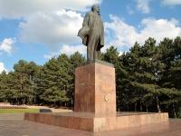 Пятигорск, площадь Ленина. памятник Ленину
