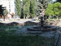 Минеральные Воды, улица 50 лет Октября. фонтан
