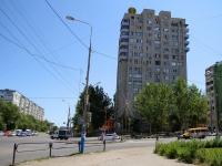 Астрахань, улица Студенческая, дом 1А. многоквартирный дом