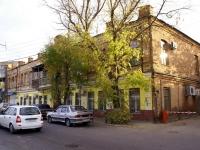 Astrakhan, Krasnaya naberezhnaya st, house 58. Apartment house