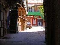 Astrakhan, Admiralteyskaya st, house 30. Apartment house