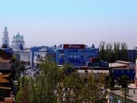 """阿斯特拉罕, 购物中心 """"Адмиралтейский"""", Admiralteyskaya st, 房屋 51"""