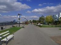 阿斯特拉罕, Naberezhnaya reki Volgi st, 沿岸街