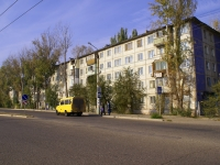 Astrakhan, Kubanskaya st, house 33. Apartment house