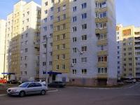 Astrakhan, Bezzhonov st, house 82 к.1. Apartment house