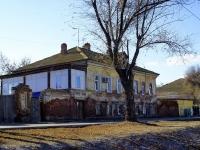 Astrakhan, Naberezhnaya pervogo maya st, house 122. Apartment house