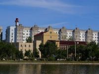 Astrakhan, Naberezhnaya privolzhskogo zatona st, house 13Б. court