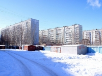 neighbour house: st. Vlasov. garage (parking)