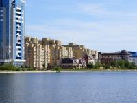 Astrakhan, Menzhinsky st, house 2 к.1. Apartment house