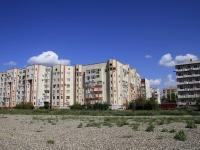 Astrakhan, Sen-Simon st, house 42 к.4. Apartment house