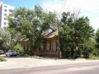 Астрахань, Березовский переулок, дом 32. многоквартирный дом