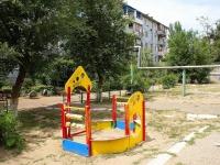 Астрахань, улица Савушкина, дом 17 к.1. многоквартирный дом