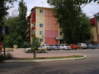 Астрахань, улица Савушкина, дом 18. многоквартирный дом