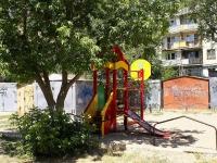 阿斯特拉罕, Bezhetskaya st, 房屋 12. 公寓楼