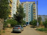 Астрахань, улица Куликова, дом 42 к.2. многоквартирный дом