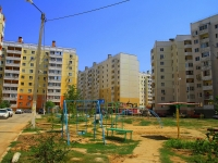 Astrakhan, Zelenginskaya 2-ya st, house 3 к.1. Apartment house