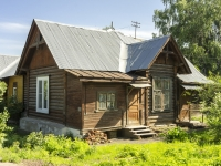 Kolchugino, The 3rd Internatsional st, house 76. Private house