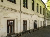 Suzdal, Lenin st, house 71. Apartment house