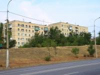 Волгоград, Университетский проспект, дом 36. многоквартирный дом
