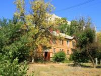 Волгоград, Удмуртский переулок, дом 101. многоквартирный дом
