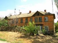 Волгоград, Удмуртский переулок, дом 102. многоквартирный дом