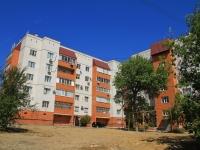 Волгоград, Удмуртский переулок, дом 105. многоквартирный дом