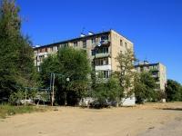 Волгоград, улица Даугавская, дом 13. многоквартирный дом