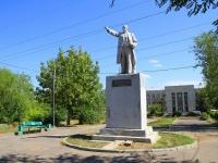 улица Даугавская. памятник В.И. Ленину