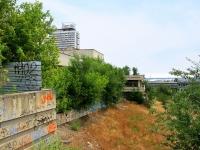 Волгоград, улица Краснознаменская, дом 11. здание на реконструкции