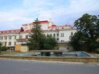 Волгоград, улица Мира. фонтан В парке Победы