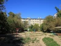 Волгоград, улица 7 Гвардейской, дом 17. многоквартирный дом