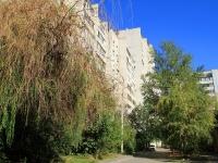 Волгоград, улица Бакинская, дом 13. многоквартирный дом