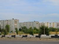 Волгоград, 30 лет Победы бульвар, дом 33. многоквартирный дом