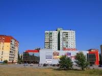 Волгоград, торговый центр «7 Ветров», улица 8 Воздушной Армии, дом 28А