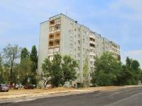 Волгоград, улица Землячки, дом 26. многоквартирный дом
