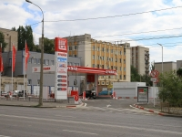 соседний дом: ул. Маршала Рокоссовского, дом 4Б. автозаправочная станция