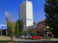 соседний дом: ул. Маршала Рокоссовского, дом 48А. многоквартирный дом