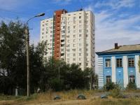 Волгоград, улица Рихарда Зорге, дом 56. многоквартирный дом
