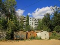 Волгоград, улица Череповецкая, дом 3. многоквартирный дом