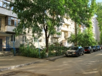 Volgograd, St Tkachev, house 9. Apartment house