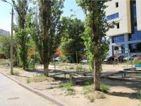 """Волгоград, офисное здание """"Европейский"""", улица Ткачёва, дом 20Б"""
