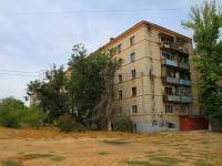 Волгоград, улица Колпинская, дом 16. многоквартирный дом