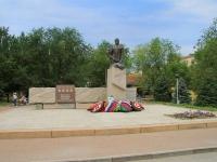Волгоград, улица Комиссара Хорошева. памятник Г.К. Жукову