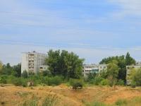 Волгоград, улица Восточно-Казахстанская, дом 6. многоквартирный дом