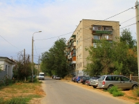 Волгоград, улица Ессентукская, дом 3. многоквартирный дом