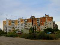 Волгоград, улица Танкистов, дом 1. многоквартирный дом