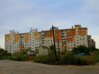 Volgograd, st Tankistov, house 1. Apartment house