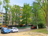 Волгоград, улица Танкистов, дом 8. многоквартирный дом
