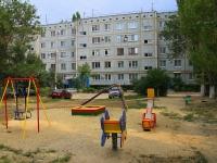 Volgograd, st Tankistov, house 18. Apartment house